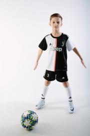 Детская футбольная форма ФК Ювентус 19-20 домашняя