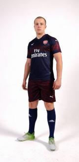 Арсенал  футбольная форма гостевой комплект 2018/2019/майка и шорты