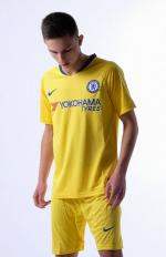 Челси футбольная форма гостевая комплект 2018/2019/майка и шорты