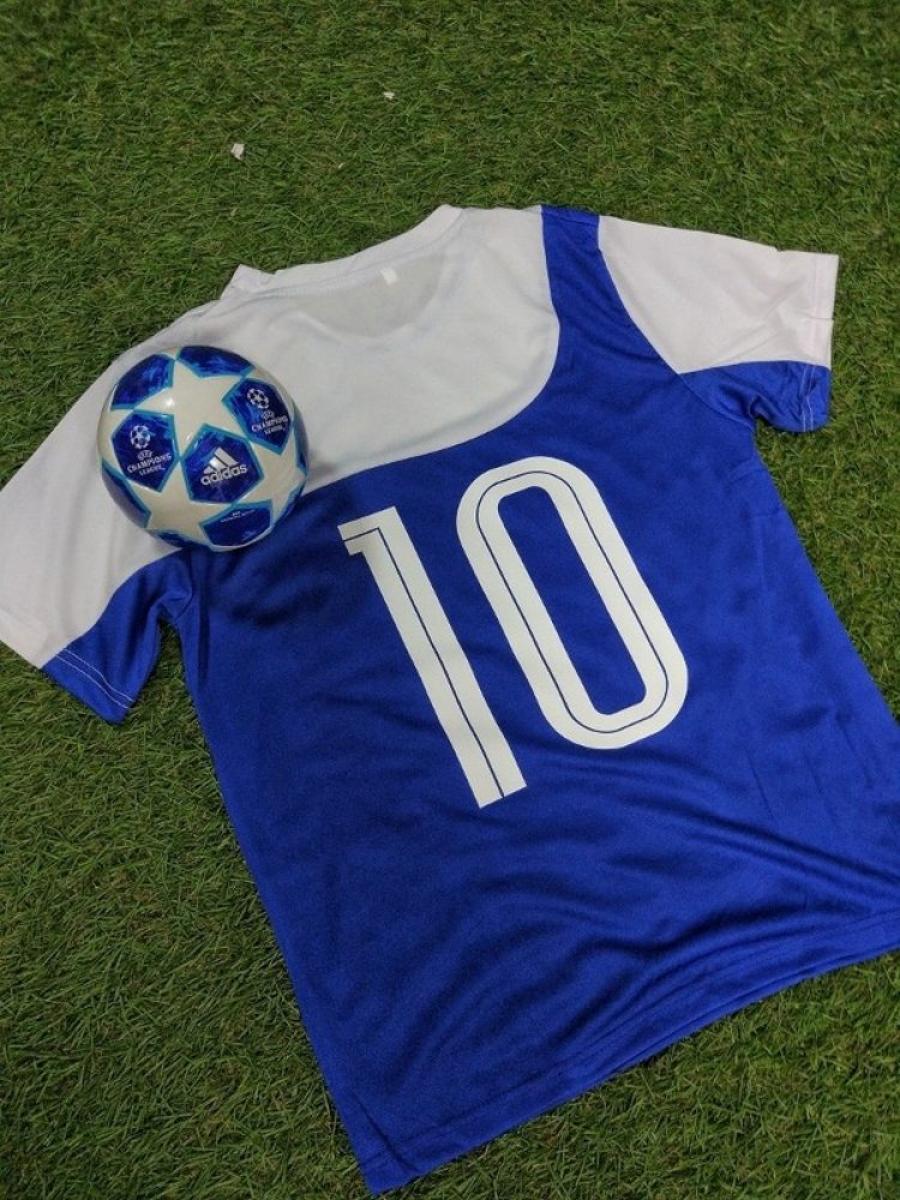 Нанесение  на футбольную форму